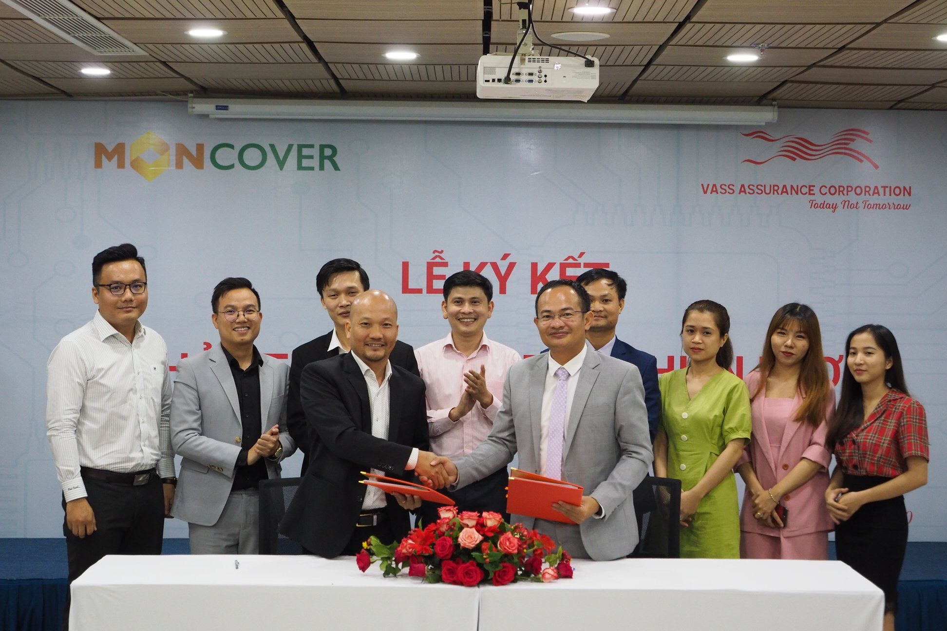 Moncover Việt Nam ký thỏa thuận hợp tác chiến lược với Super App Lian của Shark Liên